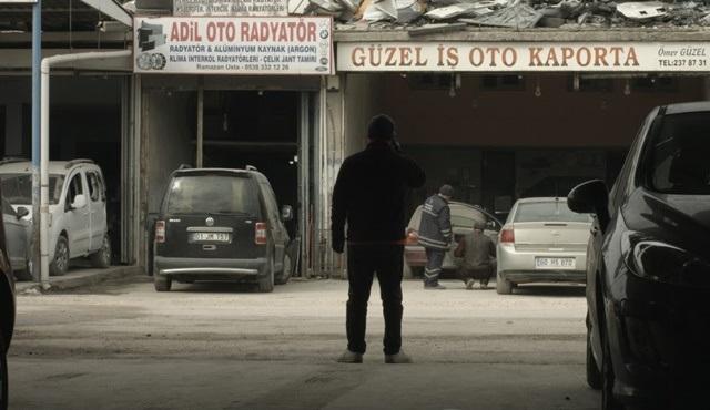 Ali Kemal Çınar'ın yeni filmi ARADA için açılan yardım kampanyası devam ediyor!