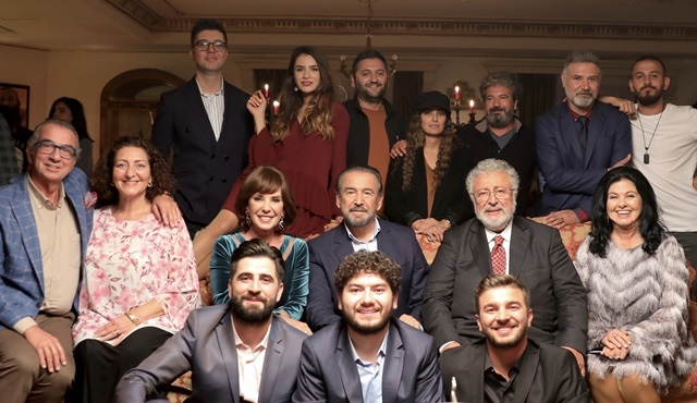 Kafalar Karışık filminin yeni teaserı 24 saatte 1 milyon izlenmeye ulaştı!
