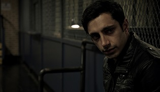 The Night Of dizisinden ilk poster geldi