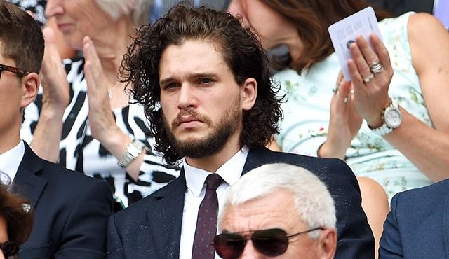 Kit Harington'ın saçları Game of Thrones sevenleri heyecanlandırdı