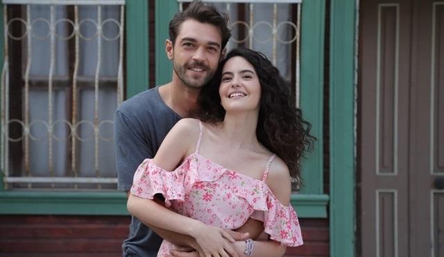 Çatı Katı Aşk dizisinde bu ikili çok sevildi!