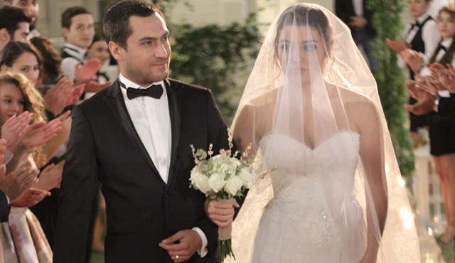 Hazal ve Vural evleniyor!