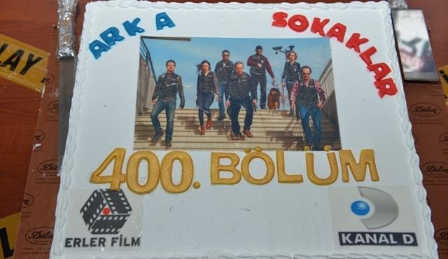 Arka Sokaklar ekibi, 400. bölümü kutluyor!