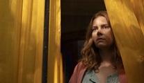 Penceredeki Kadın filminin resmi fragmanı yayınlandı!