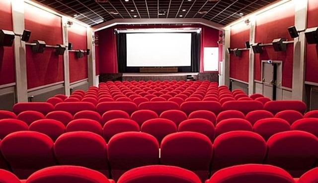 Sinema salonları 2017 yılına rekorla başladı!