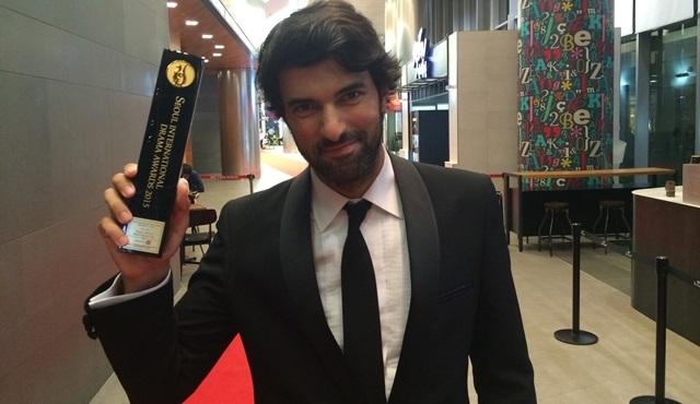 Ve beklenen haber geldi: Engin Akyürek En İyi Aktör seçildi!