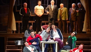 Hababam Sınıfı, BKM Tiyatro bünyesinde tiyatroseverlerin beğenisini topluyor!