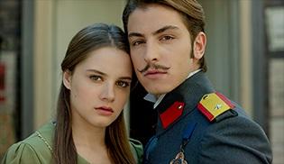 """Hilal ve Leon,  """"En İyi TV Çifti"""" anketinde yarı finalde!"""