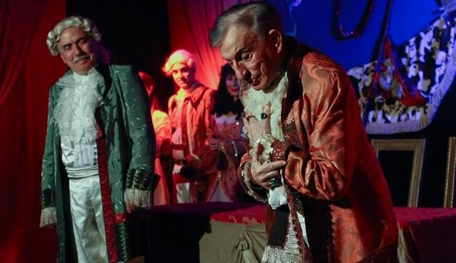 Haldun Dormen ve Göksel Kortay, 'Kibarlık Budalası' oyununda buluştu!