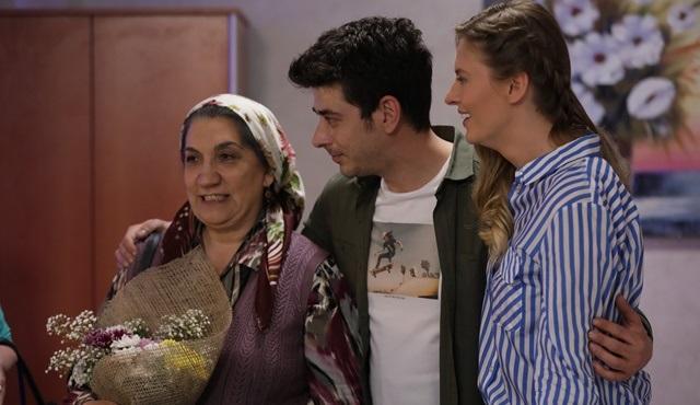 Anamız Var 2 filmi Tv'de ilk kez Fox Türkiye'de ekrana gelecek!