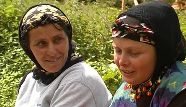Yeşim Ustaoğlu'nun Sırtlarındaki Hayat belgeseli yayına açıldı!