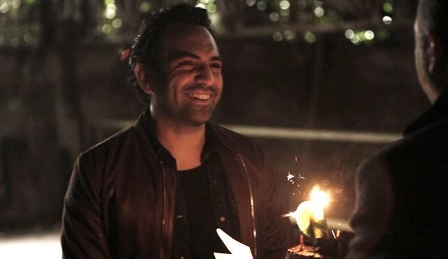 """Buğra Gülsoy doğum gününü """"8.Gün"""" setinde kutladı!"""