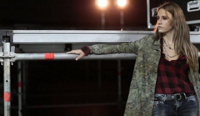 Serenay Sarıkaya'lı Mavi Sonbahar-Kış reklamından kamera arkası yayınlandı!
