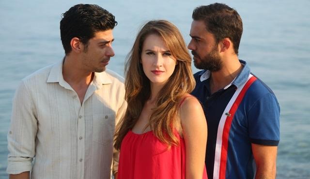 Kalbim Ege'de Kaldı'da bu hafta: Zeliş iki aşk arasında!