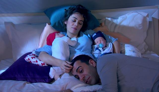Bir veda havası: 1 Erkek 1 Kadın ve 2 Çocuk