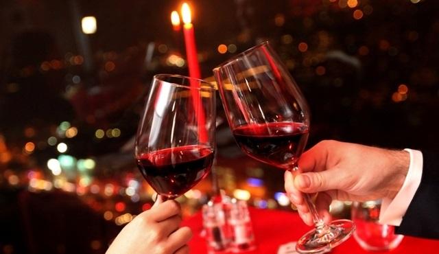 Sevgililer Günü'nde Hilton'dan romantik teklifler!