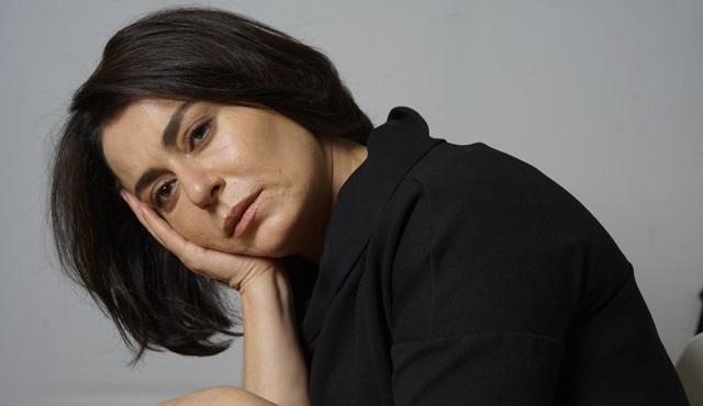 Nazan Kesal'ın yeni oyunu Yaralarım Aşktandır, DasDas'ta prömiyerini yapacak!