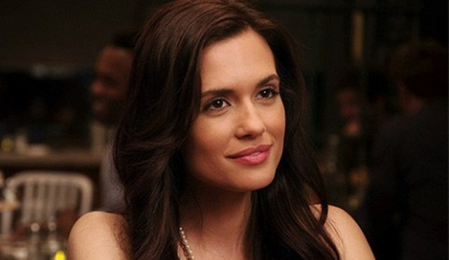 Torrey DeVitto, Pretty Little Liars'a geri dönüyor