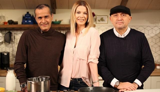 Memet Özer ile Mutfakta bu hafta Sinan Engin ile Begüm Kütük'ü konuk edecek!