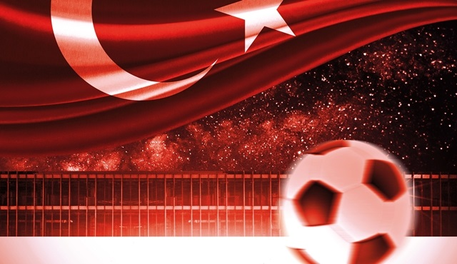 UNIQ Açık Hava Sahnesi'nde UEFA EURO 2016 heyecanı!