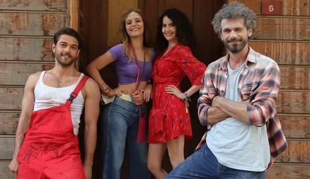 Çatı Katı Aşk dizisinin yayın tarihi belli oldu!
