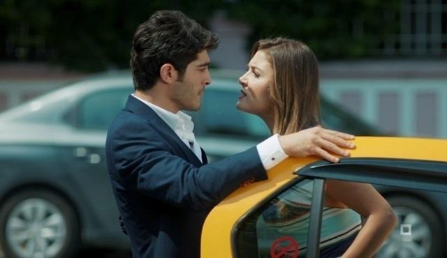 Aşk Laftan Anlamaz 2. yeni bölümde romantik sahneler!
