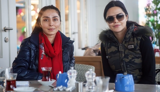 Karagül dizisinin Sibel'i ile Özlem'i İstanbul özlemini giderdi!