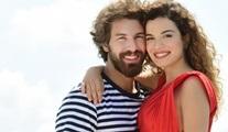 Aslı Bekiroğlu - Furkan Palalı: Benim Tatlı Yalanım sadece romantik komedi değil, drama unsurları da taşıyan bir tür