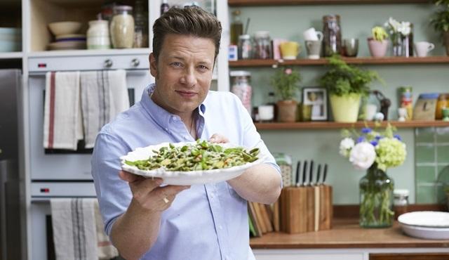 Jamie Oliver hızlı ve kolay yemek tarifleriyle 24Kitchen'da!