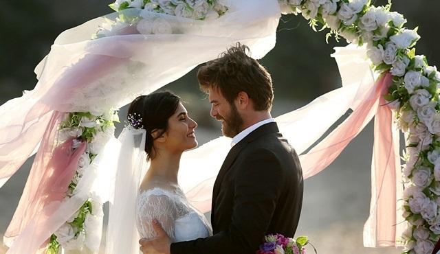 Cesur ve Güzel'de Cesur ve Sühan'ın düğününe davetliyiz!