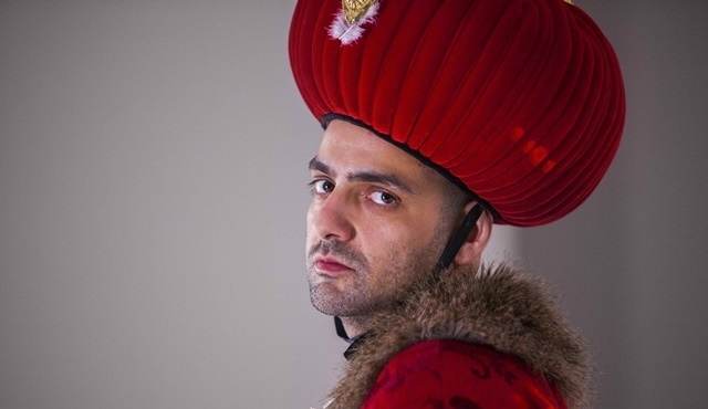 Tolga Karaçelik imzalı, BluTV dizisi Bartu Ben'in çekimleri başladı!