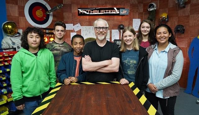 Mythbusters Jr. yarın Discovery Channel'da başlıyor