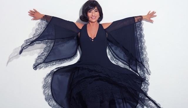 Nilgün Belgün, 'İçimdeki Kadın: Aşk ve Komedi' gösterisiyle Artı Sahne'de!