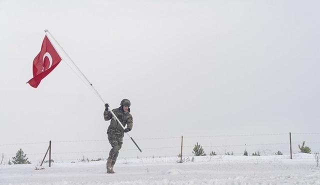 Kılıç Timi, Türkmen Köyü'nü sonuna kadar savunuyor!