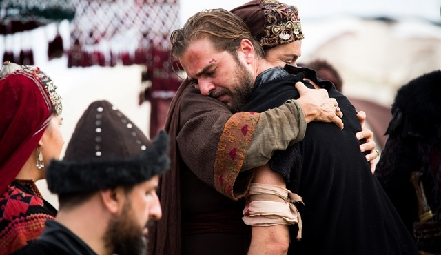 "Diriliş ""Ertuğrul"": What happens after Ertuğrul's return to the camp"