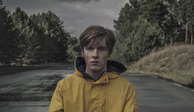 Netflix, ilk Alman dizisi Dark'a ikinci sezon onayı verdi