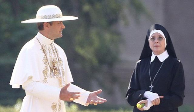 The Young Pope dizisinden ilk tanıtım geldi