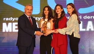 Radyo Televizyon Gazetecileri Derneği'nden Kırgın Çiçekler'e ödül!