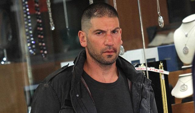 Daredevil: Punisher yüzünü gösterdi