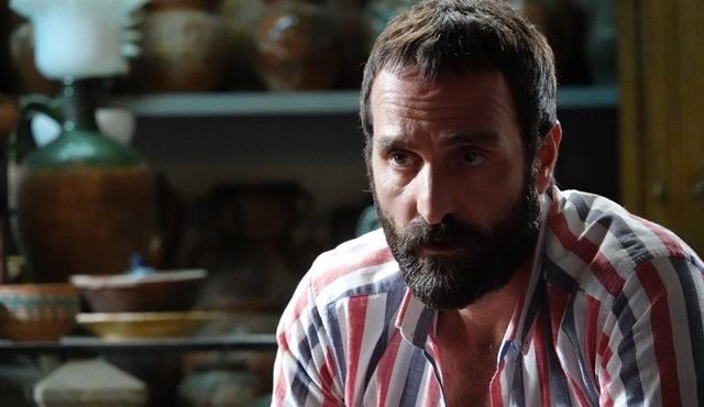 Timur Acar, Kapı filmi için Bir Ay Doğar türküsünü seslendirdi!