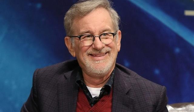 Apple, Spielberg'ün Amazong Stories'ini ekrana döndürüyor