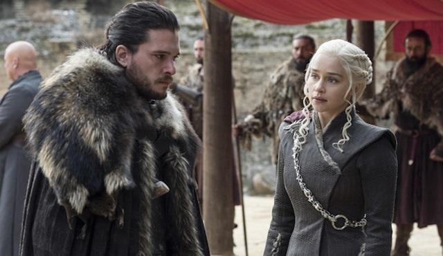 Game of Thrones'tan Emmy değişikliği: Kit Harrington ve Emilia Clarke artık başrol