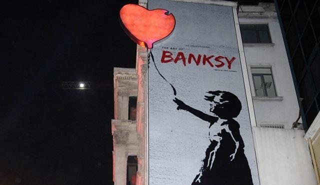"""""""The Art of Banksy"""" dünya prömiyeri İstanbul'da gerçekleşti!"""