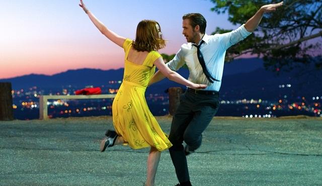 Oscar Ödülleri'nde tarihi skandal: Yanlış filmin ödül kazandığı anons edildi!