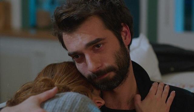 Poyraz Karayel: Gel seninle bir daha ağlayalım..