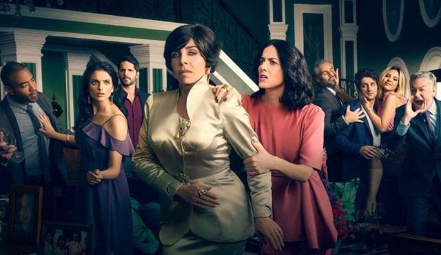 Netflix, La Casa de las Flores'e çift sezon onayı verdi