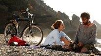 Bir film, aşk ve taşrada zaman: Çok Uzak Fazla Yakın