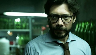 Alvaro Morte, Zaman Çarkı serisinden uyarlanan yeni dizinin de kadrosunda