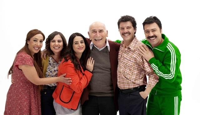 Komik ve sevgi dolu bir ailenin  hikayesi: Mutlu Aile Defteri