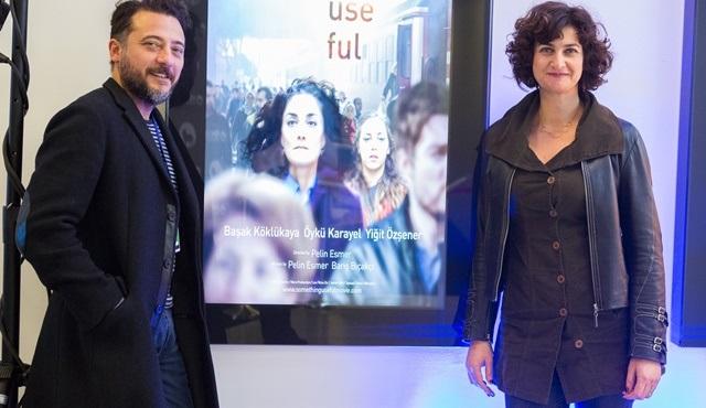 """Pelin Esmer'in son filmi """"İşe Yarar Bir Şey""""e Tallinn'den En İyi Senaryo Ödülü!"""